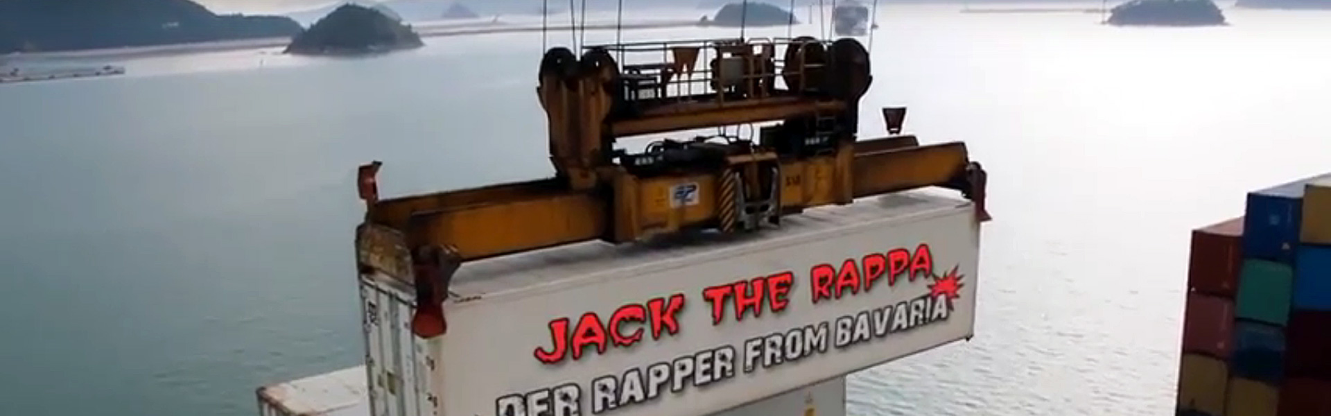 Slider-Container-CD-Album-Der-Rapper-from-Bavaria